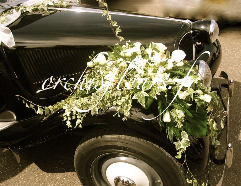 D coration de voiture fleuriste bois d 39 arcy - Decoration voiture mariage sans fleur ...